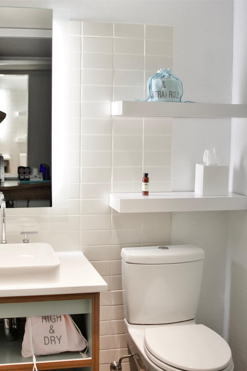 Tips to Make a Small Bathroom Look Larger